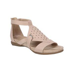 SOUL Naturalizer Women's Avonlee Gladiator Sandal